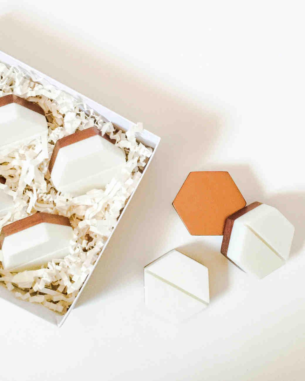 esselle-hexagon-card-holders-1215.jpg