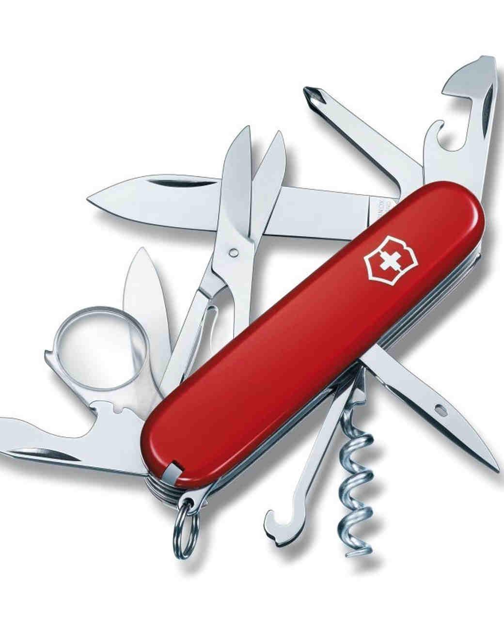grooms-gift-swiss-army-knife-0616.jpg