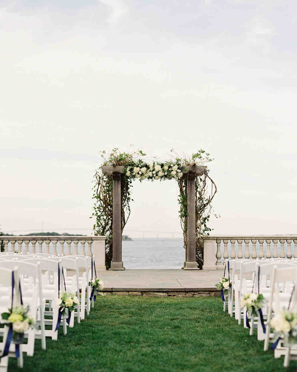 lauren-david-wedding-archway-0414.jpg