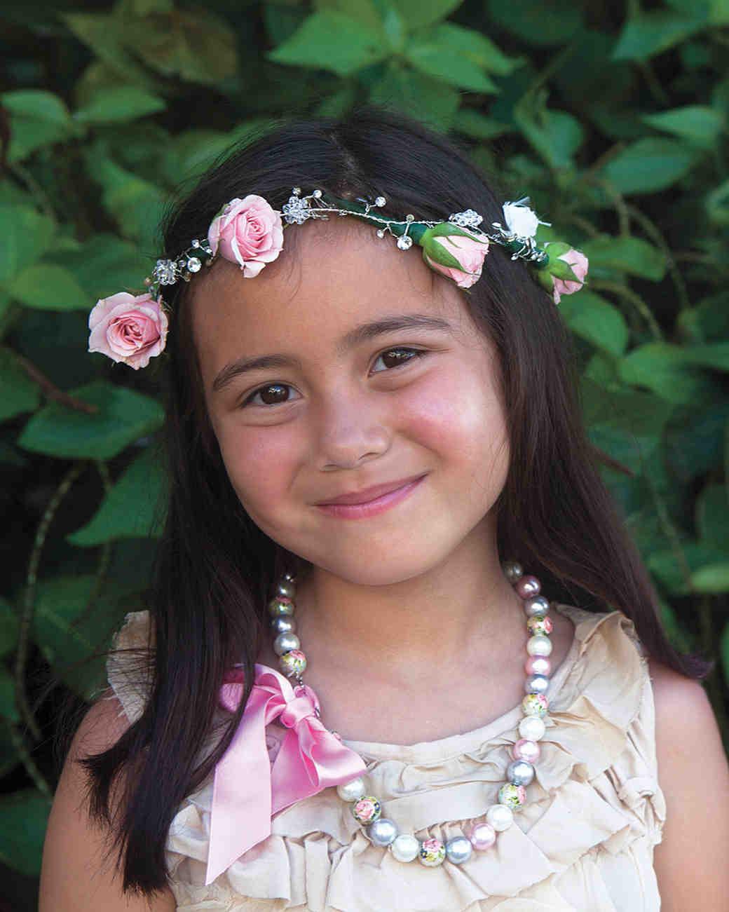rw-anne-josh-flowergirl-mwd106057.jpg