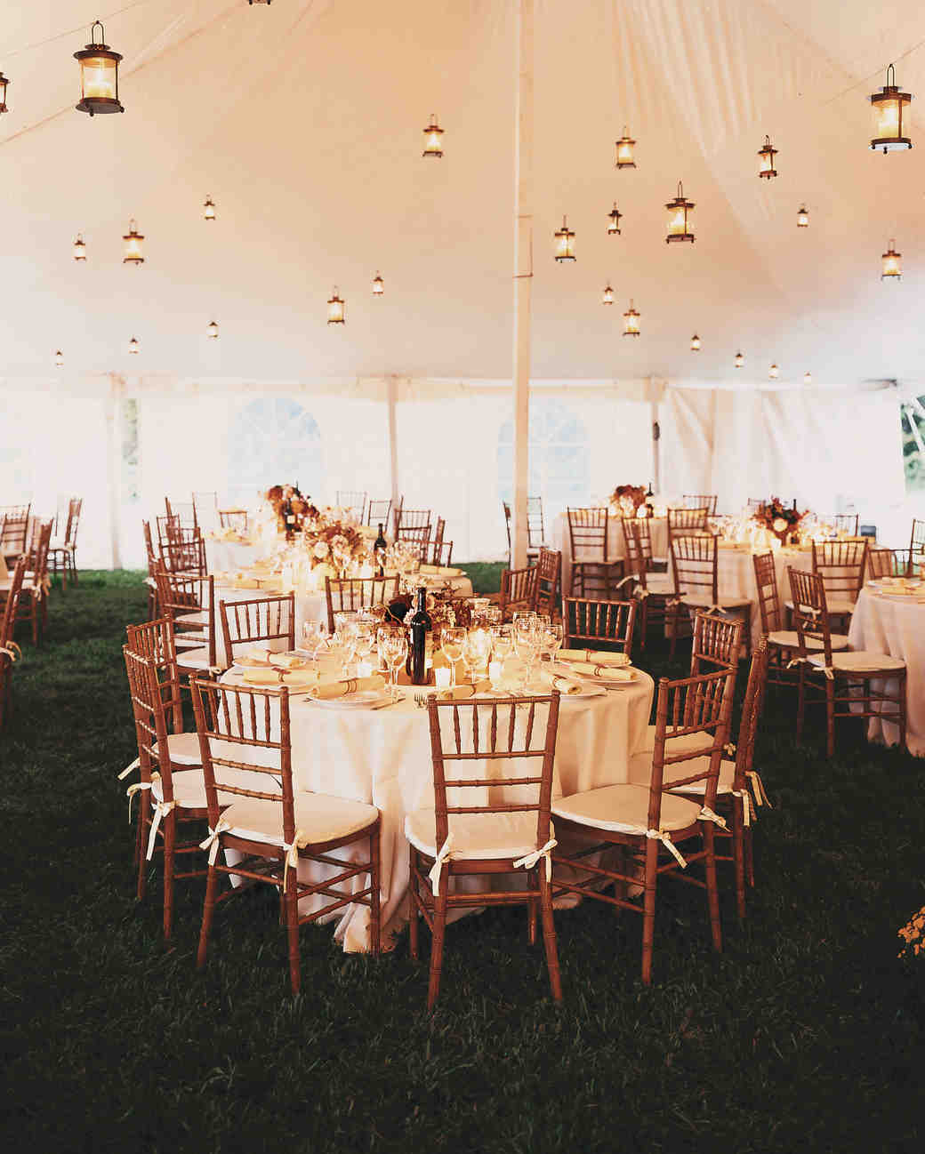 Wedding Banquet: 33 Tent Decorating Ideas To Upgrade Your Wedding Reception