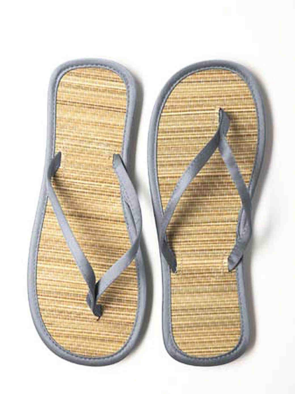 dessy-group-inspiration-footwear-3.jpg