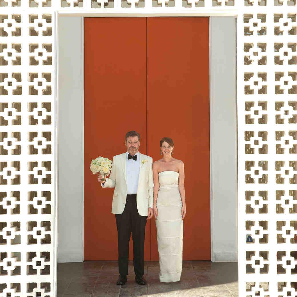 A Bright Modern Destination Wedding in Palm Springs, California