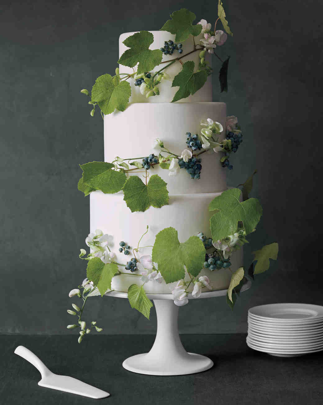 vine-wedding-cake-021-d112282-comp.jpg