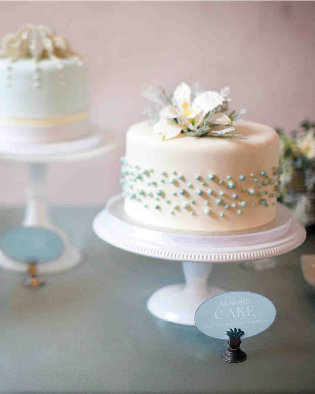 Wedding Cake Inspiration Ideas: Fondant Cakes From Real Weddings