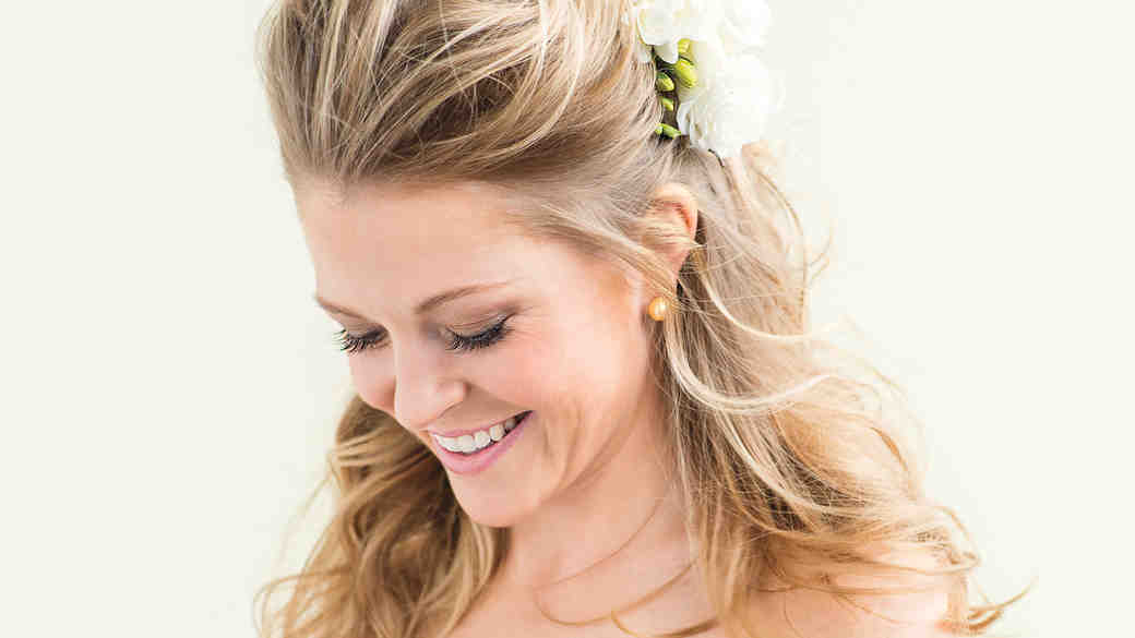 How to Get the Most Out of Your Wedding Hair Trial