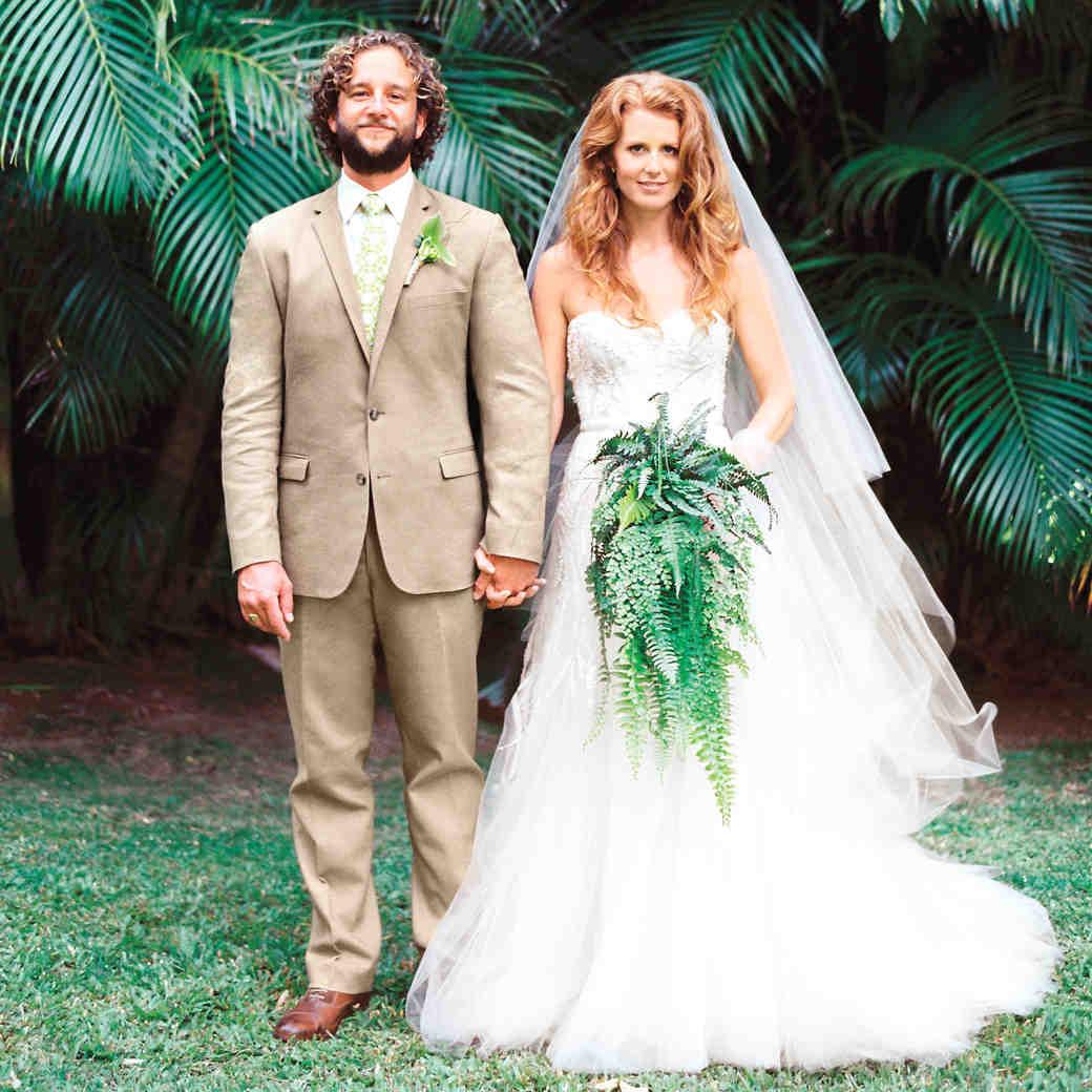 A Romantic Beach Destination Wedding in Haiku, Hawaii