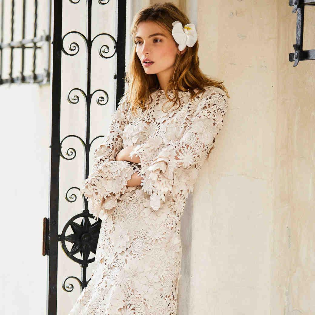 johanna ortiz moda operandi short lace long sleeves wedding dress