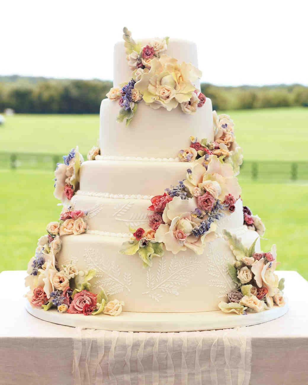 kennedy-gregory-cakes-016-mwd108943.jpg