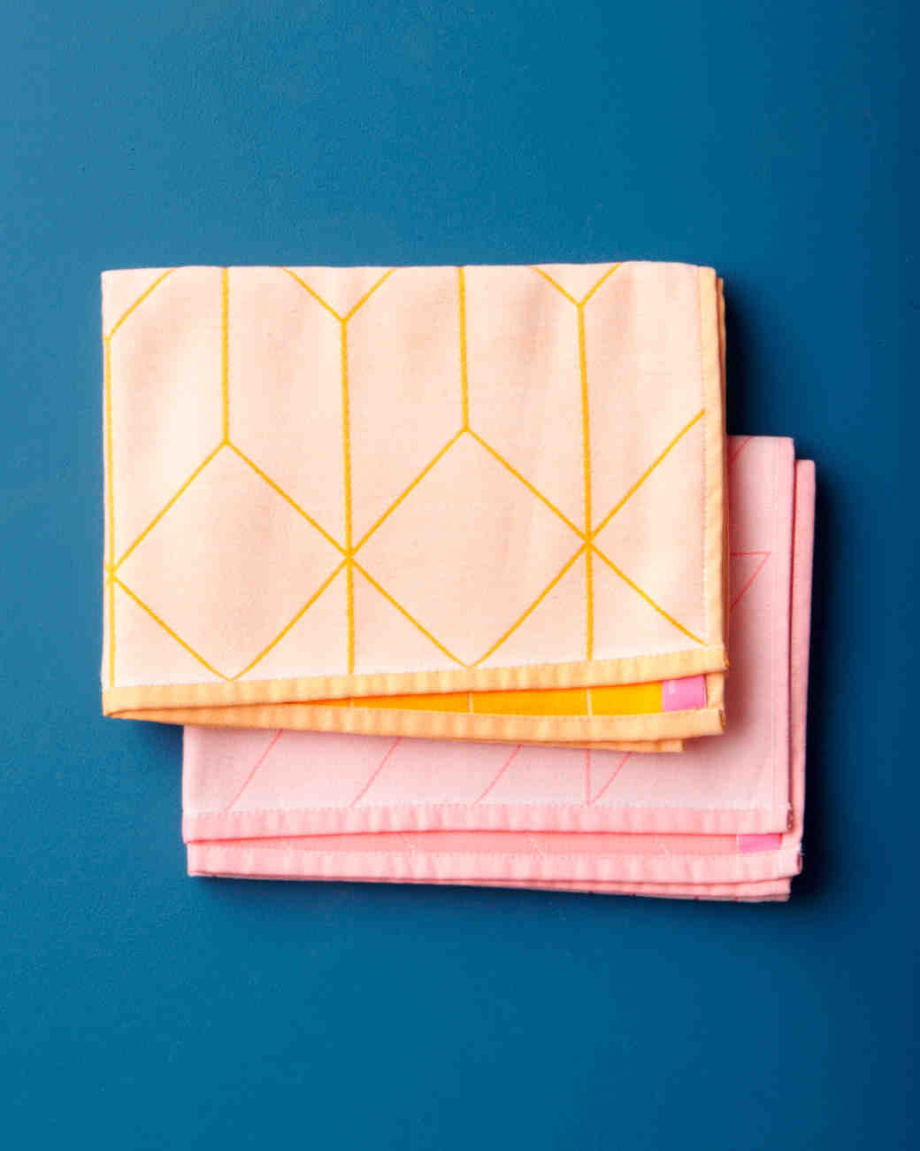registry-hay-tea-towel-001-wd108979.jpg