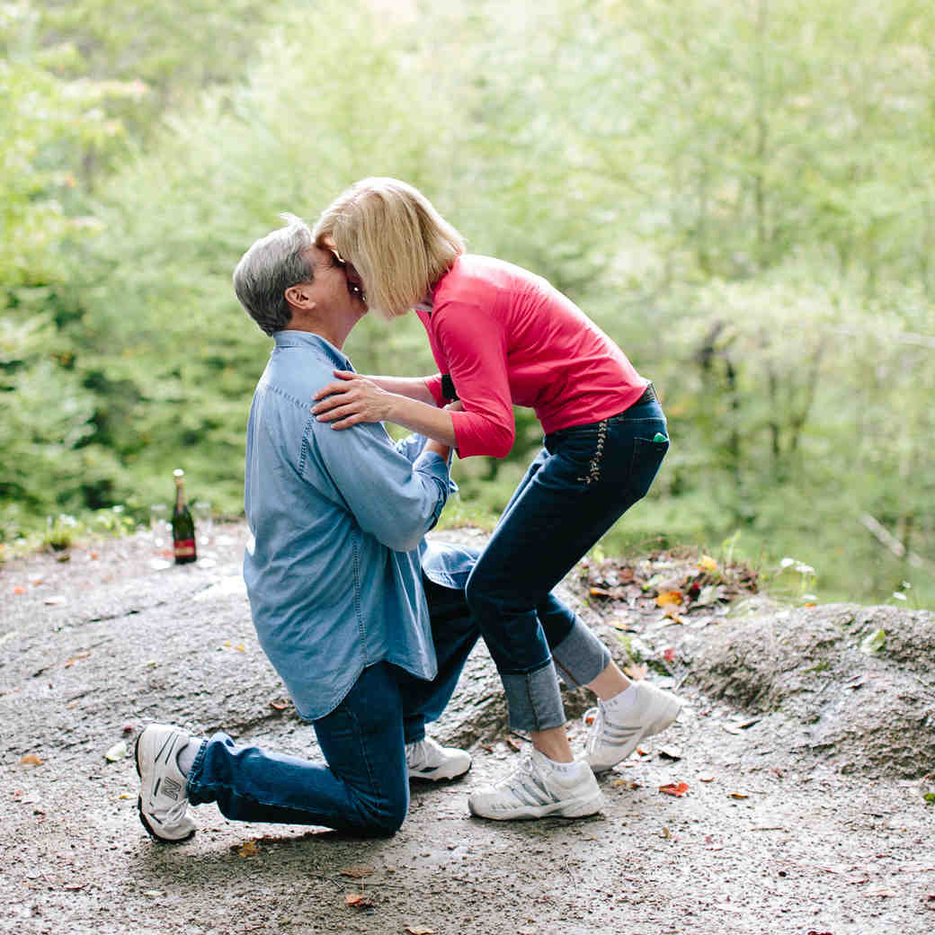 15 Dos and Don'ts for an Unforgettable Marriage Proposal