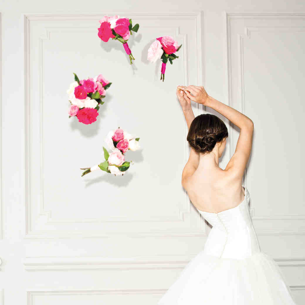 4 Bouquet Toss Stories Too Crazy to Believe