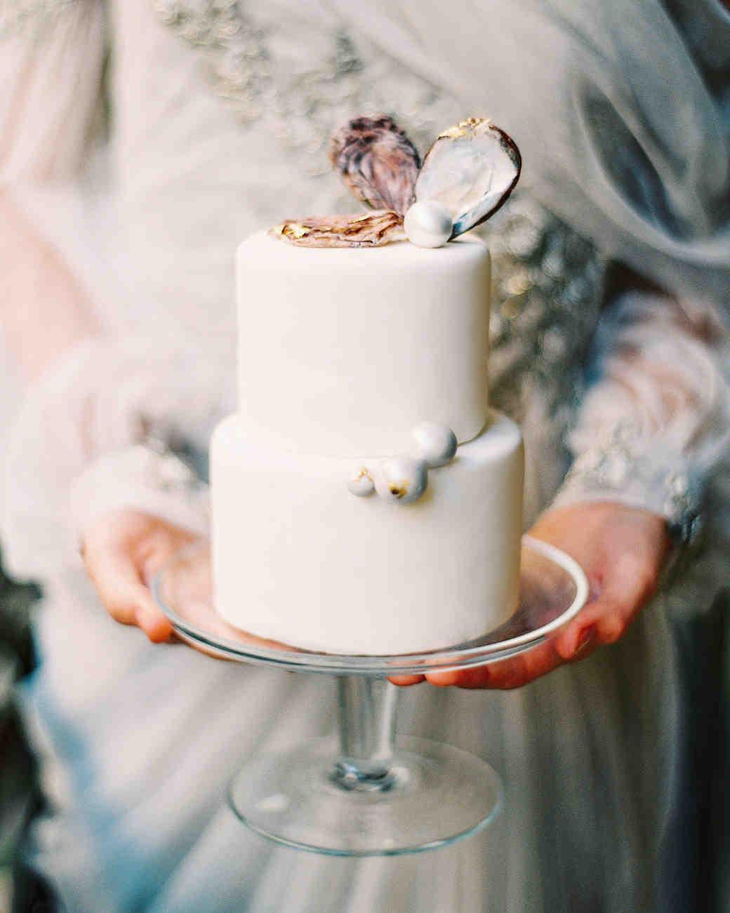Wedding Kiss Cakes Trinidad