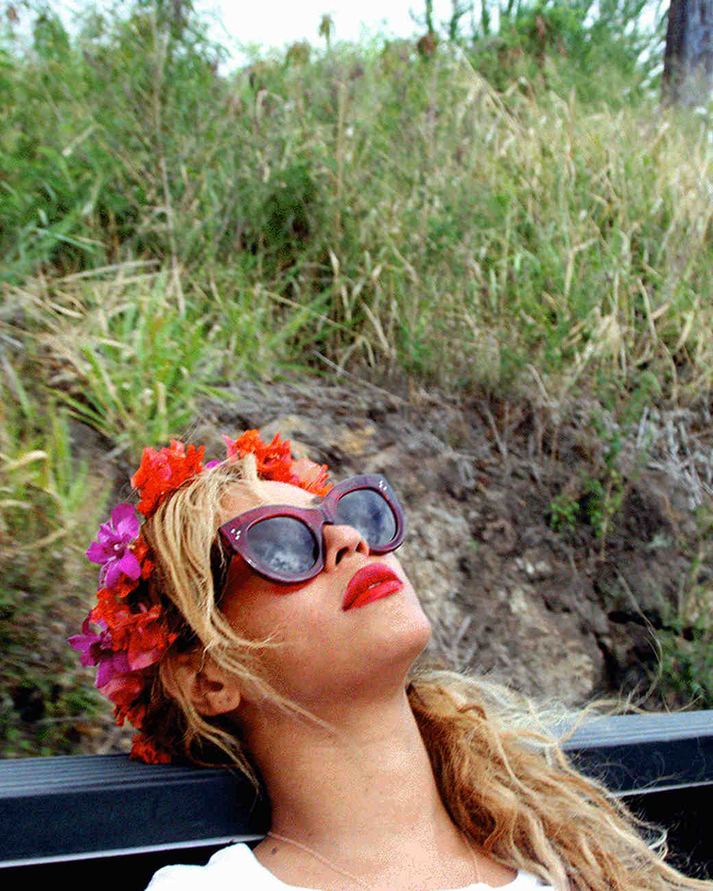 15 Beyoncé-Inspired Ways to Rock a Flower Crown for the Wedding