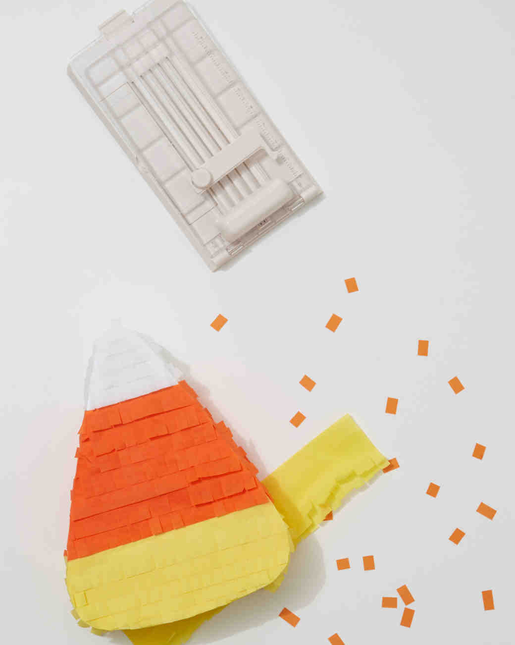 candy-corn-fringe-pinata-0058-d112614.jpg