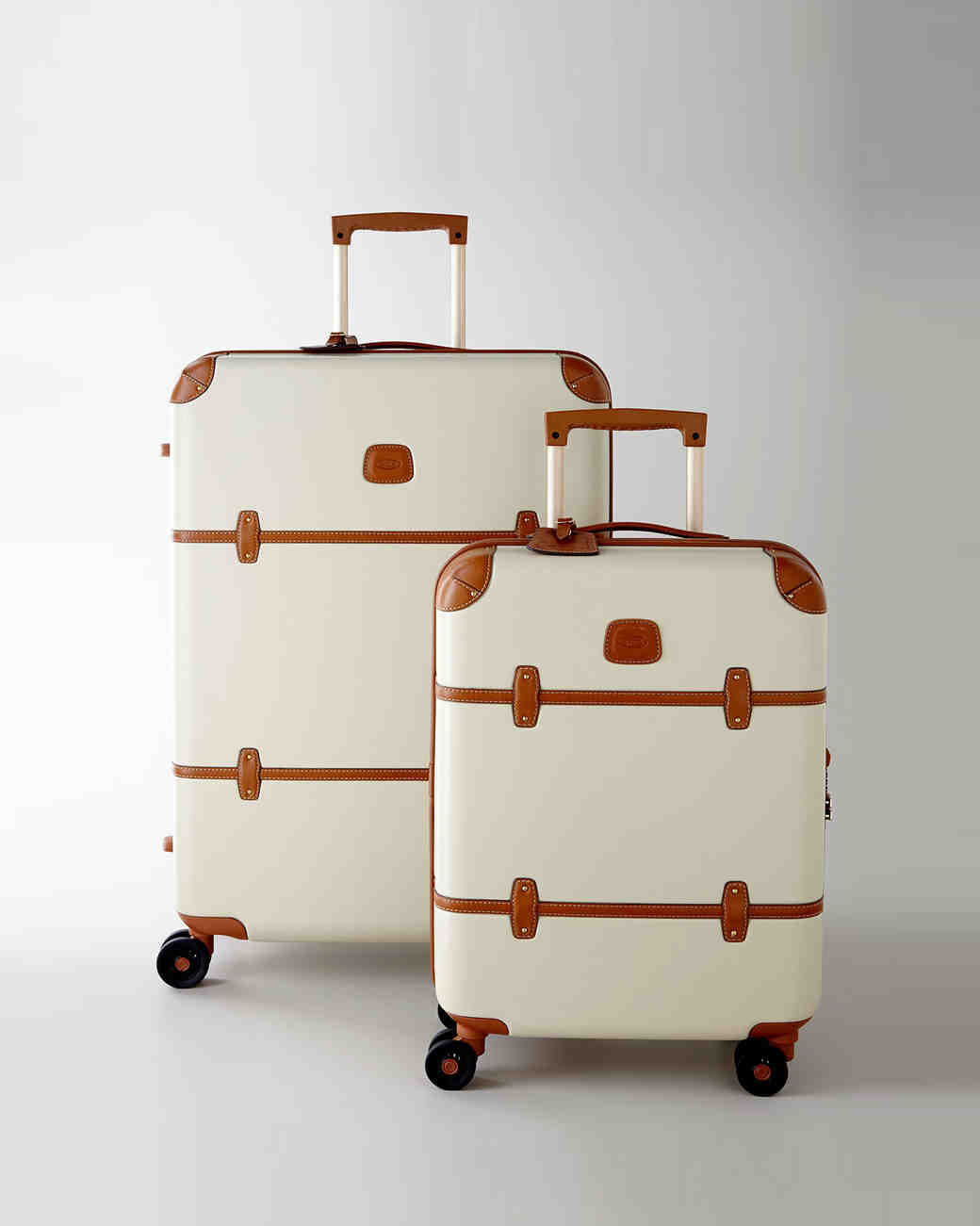 holiday-gift-guide-bride-luggage-1215.jpg