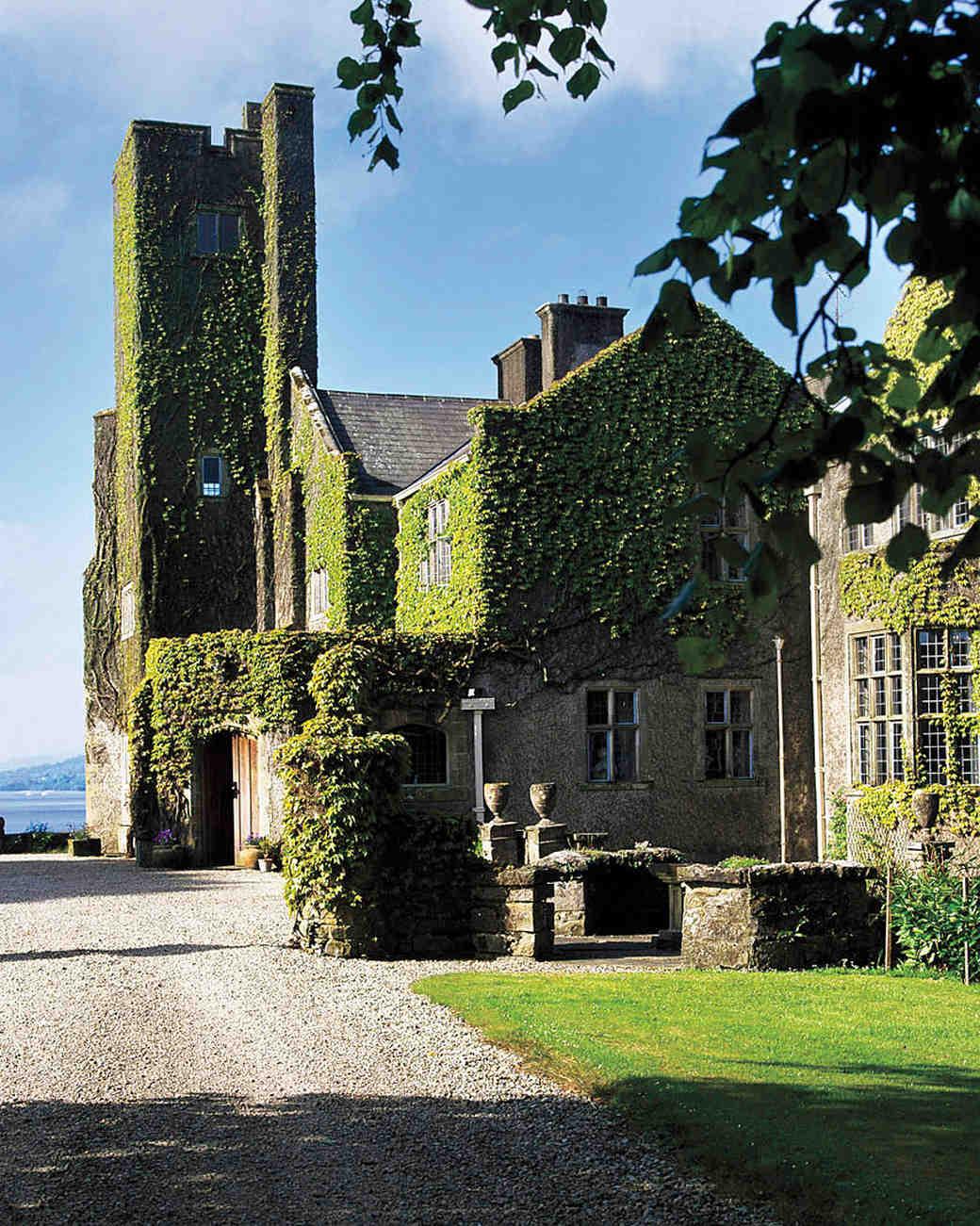 honeymoons-belle-isle-castle-ms107785.jpg