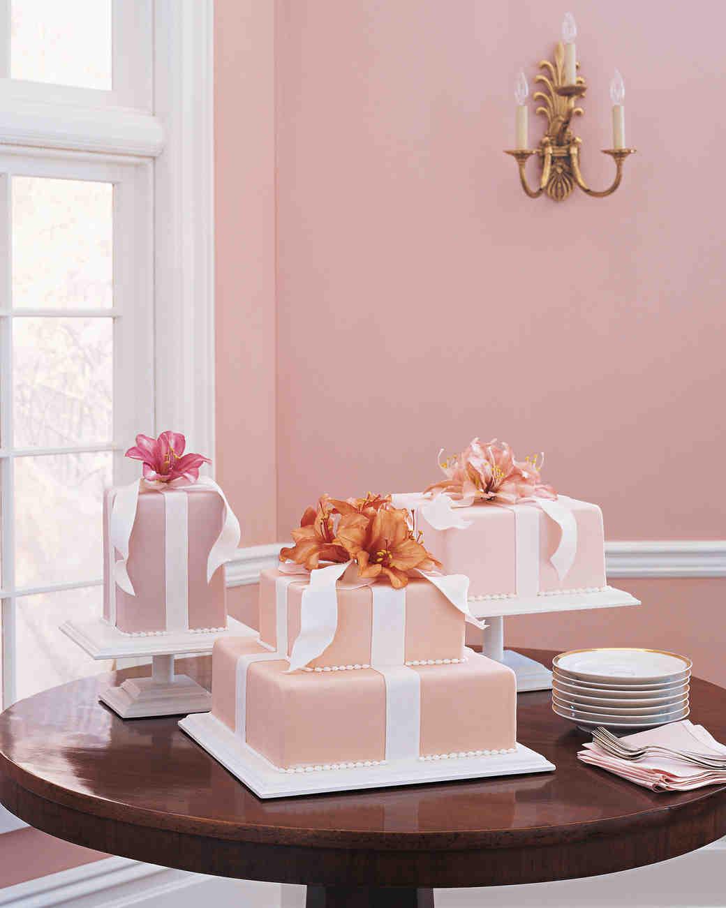 Celebrity Wedding Cakes 2012