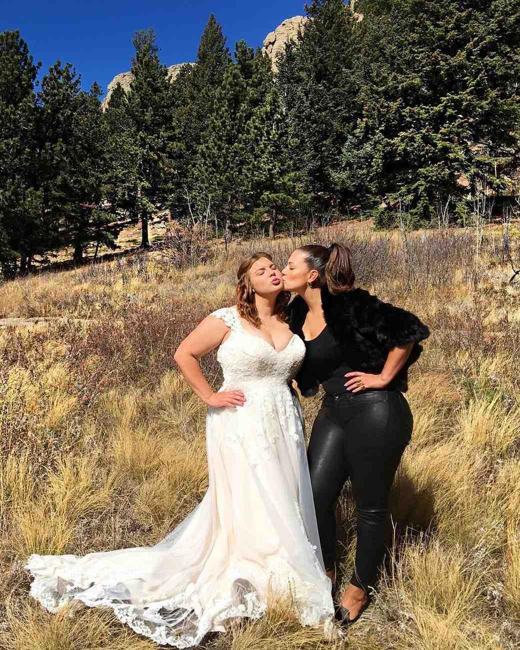 ashley-graham-celeb-wedding-guest-1016