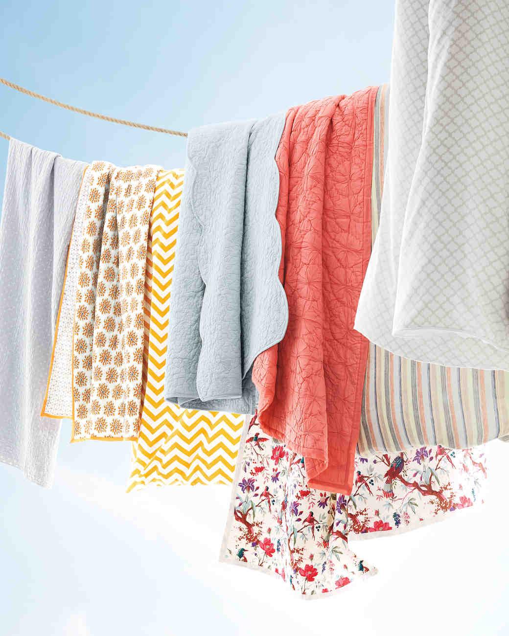bedding-quilts-duvets-099-d111040-comp.jpg