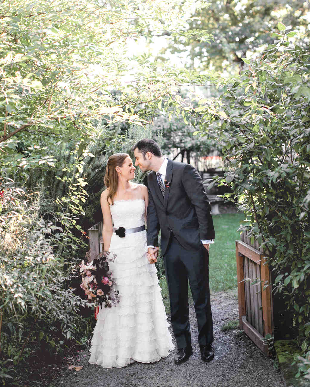 bride-groom-jessicakirk117a-mwds110827.jpg