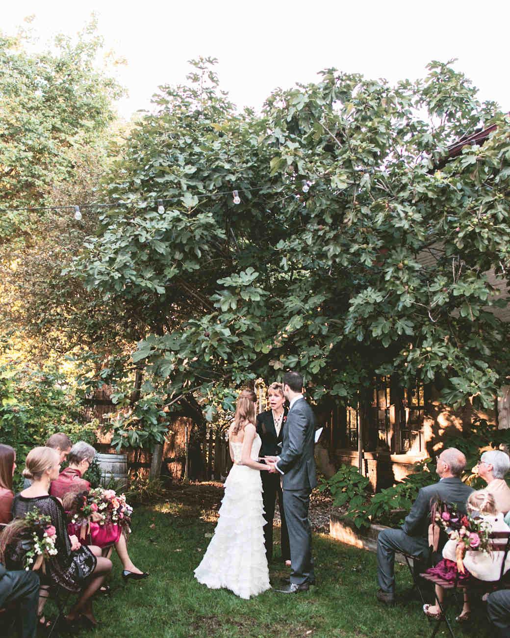 bride-groom-jessicakirk308a-mwds110827.jpg