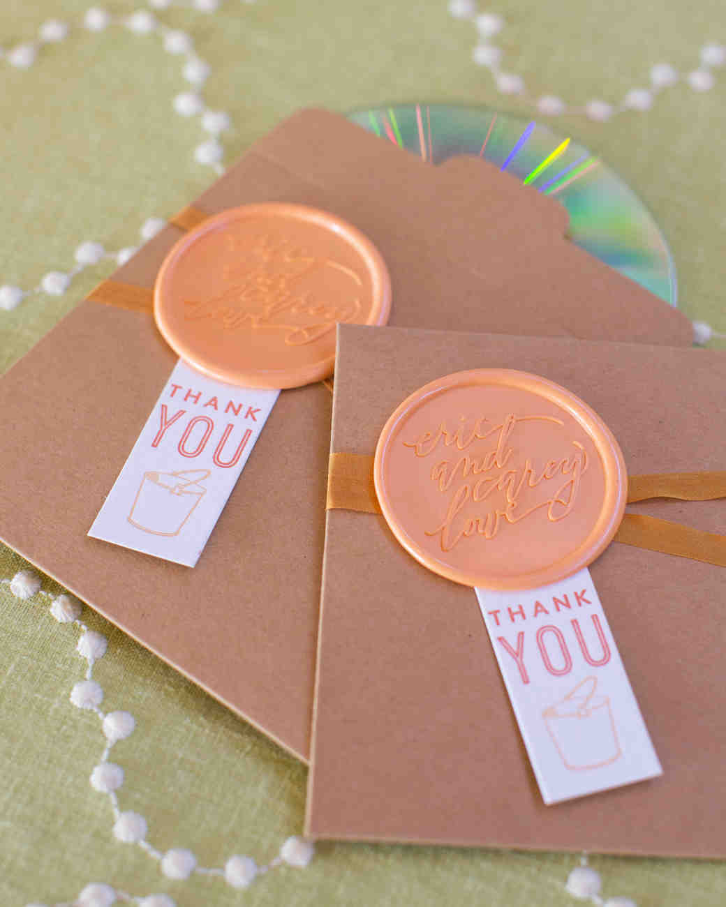 favors cds