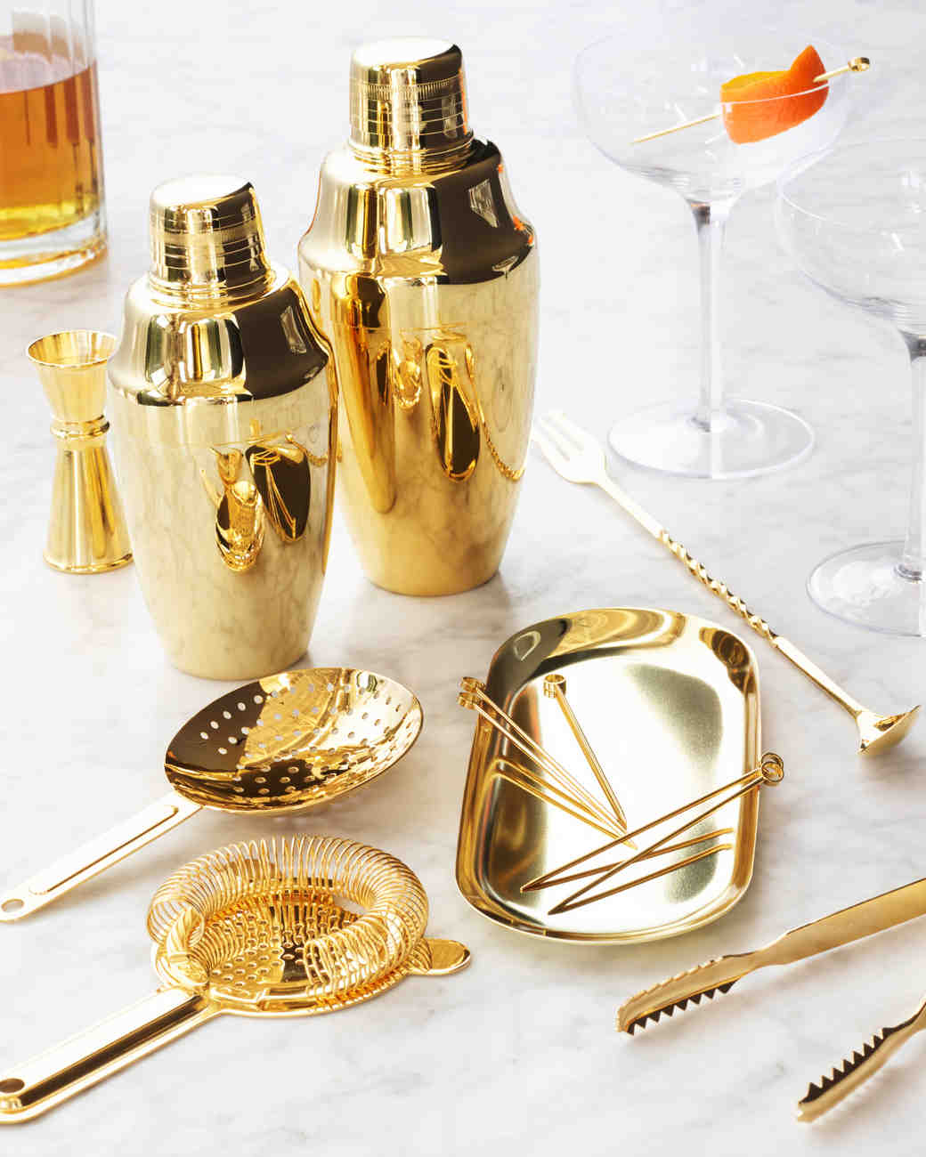 Darcy's Diary: Check Out This Gold Bar Set, Delicious Cookie Mix, and Chic BHDLN Swimwear