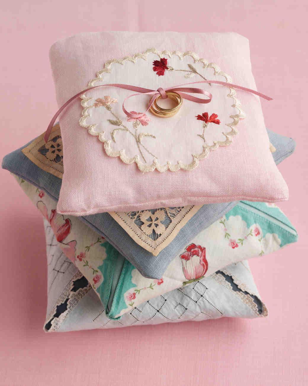 diy-ring-pillows-wd101302-vintage-0515.jpg