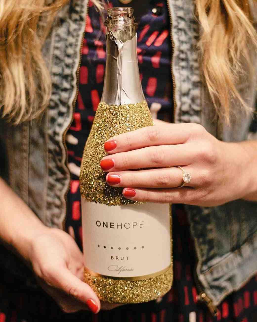 engagement-ring-selfies-champagne-0216.jpg