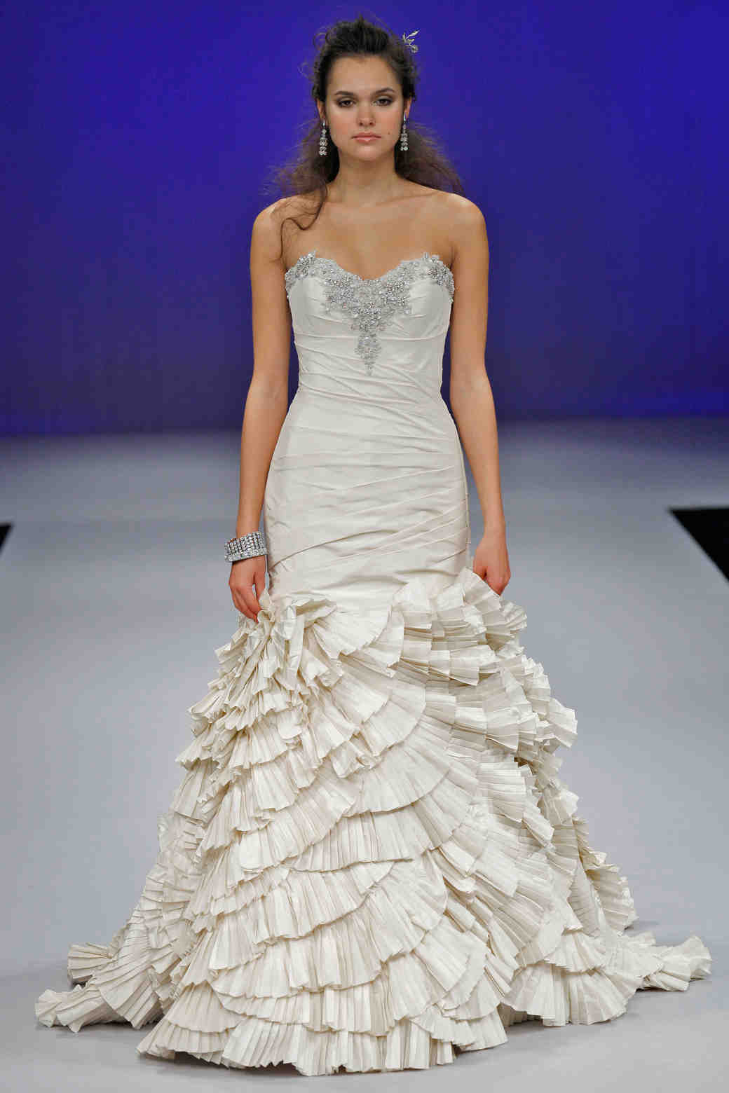 eve-of-milday-fall2012-wd108109-022-df.jpg