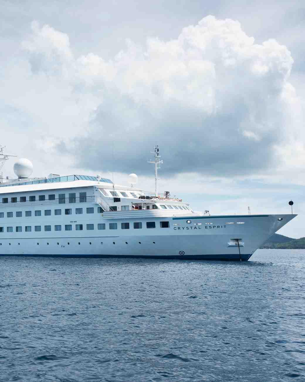 honeymoon-cruises-crystal-cruises-0416.jpg