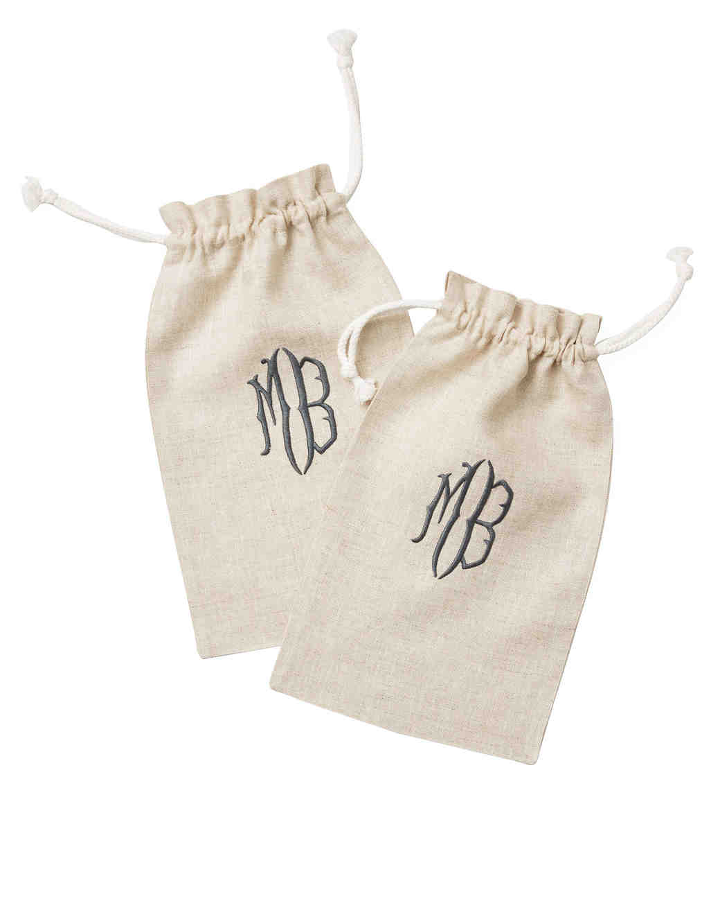 in-love-with-monogrammed-favor-pouches.jpg