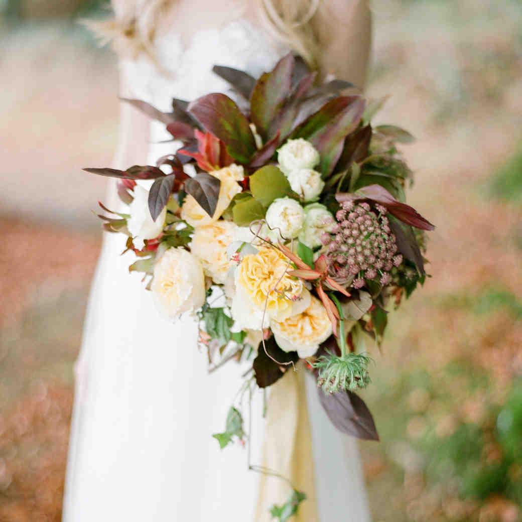 7 Genius Wedding Flower Hacks