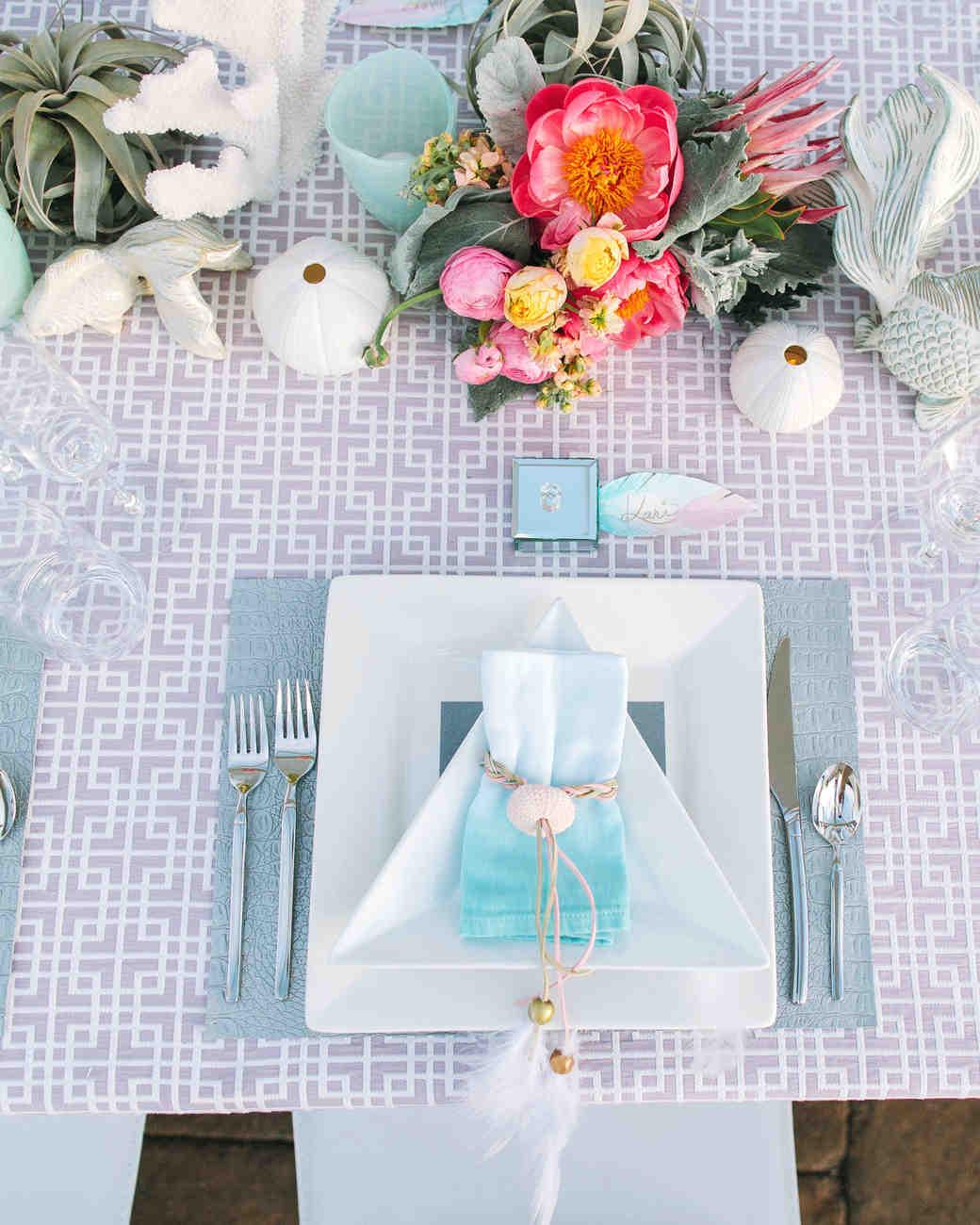 kari-charlie-wedding-placesetting-0314.jpg