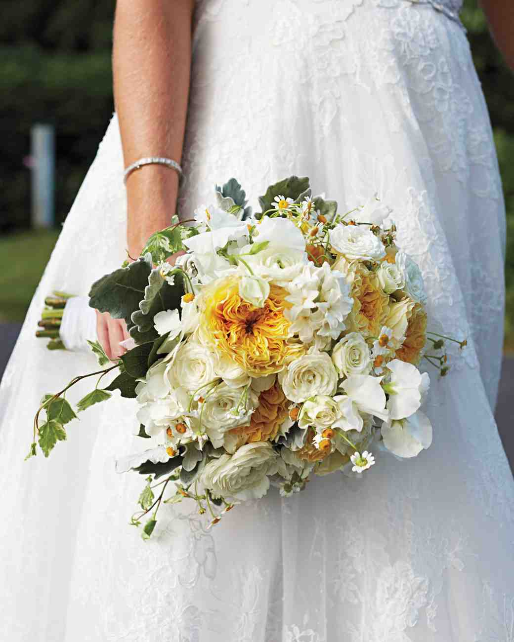 merin-ryan-real-wedding-bridal-bouquet.jpg
