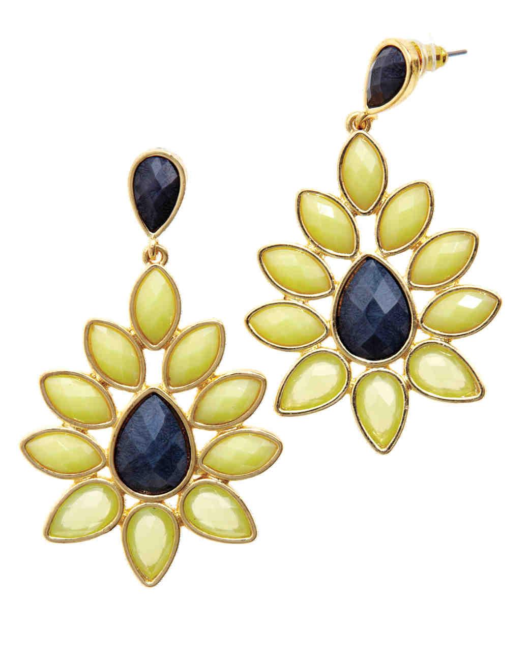 travel-accessories-ear-rings-mwd107604.jpg
