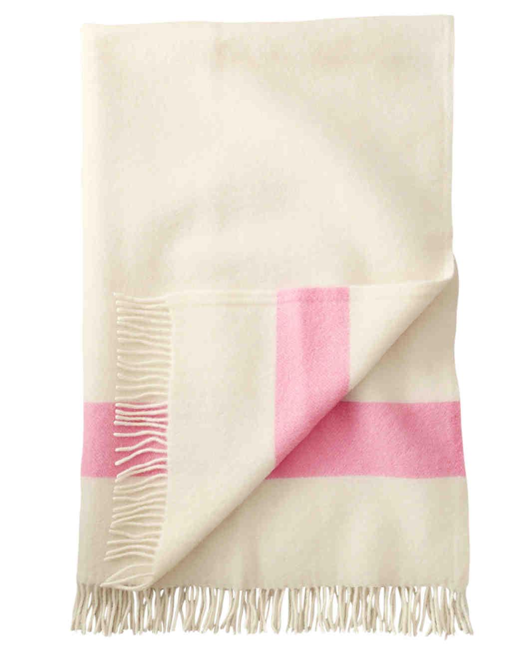 valentines-gift-guide-her-blanket-0115.jpg