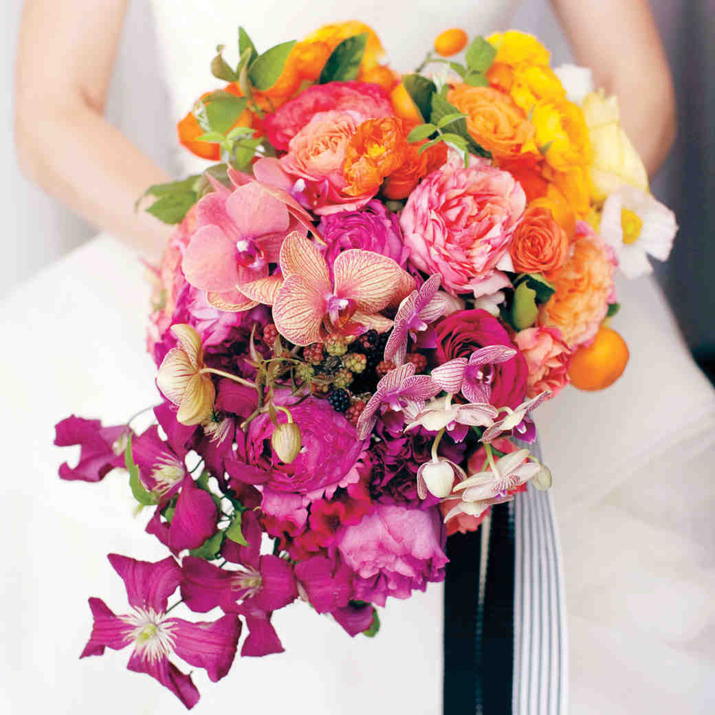 Flowers to Use and to Avoid for a Summer Wedding