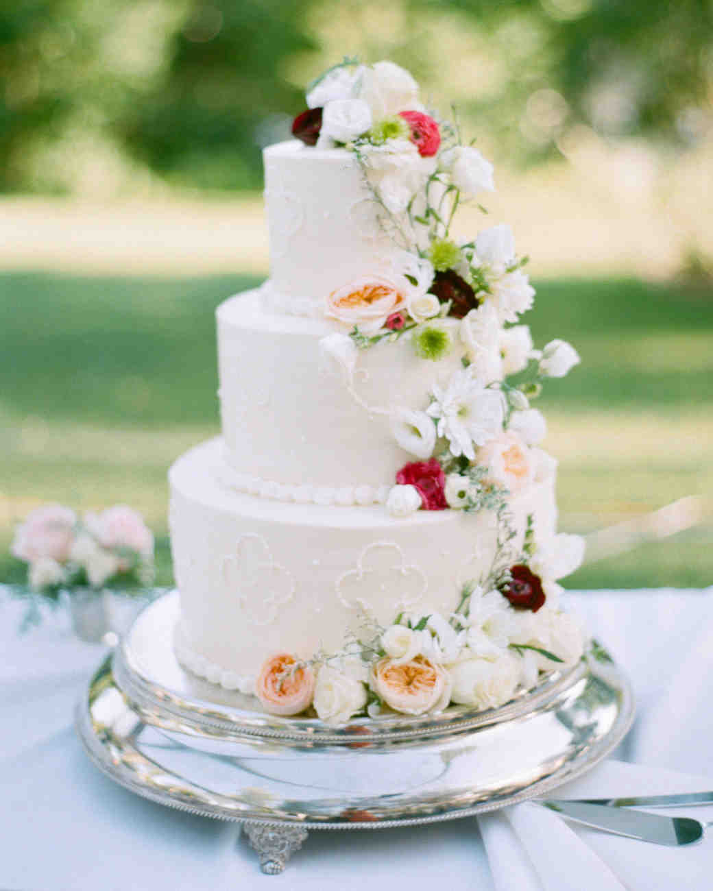 Sara and Nick's Traditional Meets Rustic Wisconsin Wedding