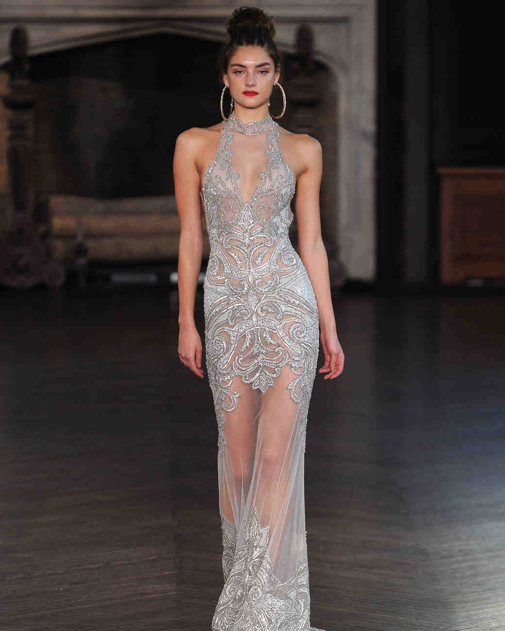 Sexy Wedding Dresses for Brides Who Want to Turn Heads ...