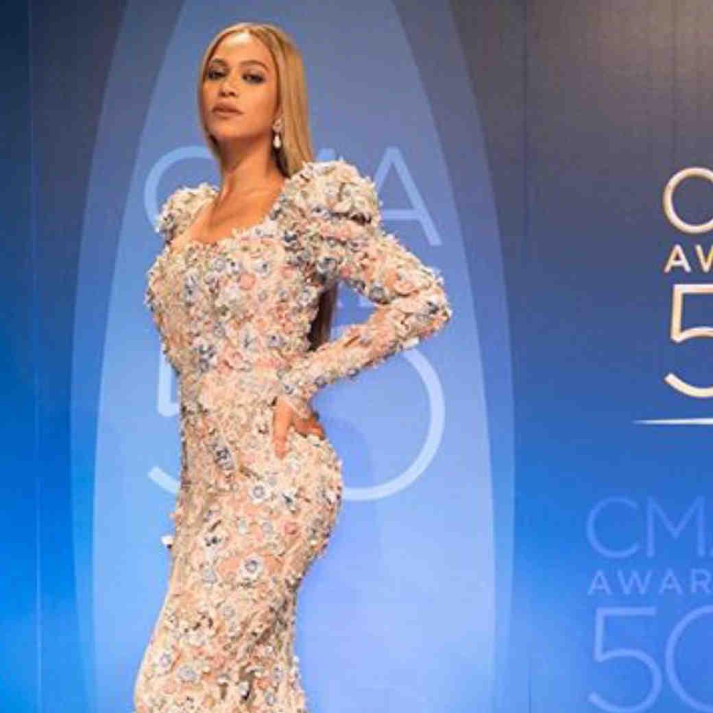 Beyonce CMA Zuhair Murad