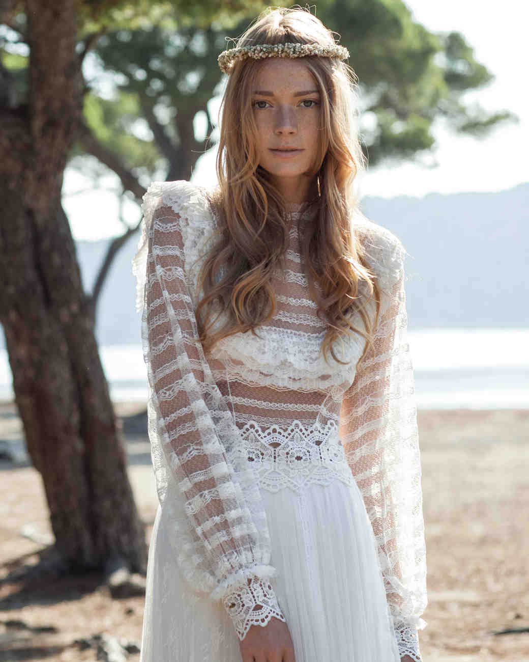 costarellos-fall2016-wedding-dress-16-20.jpg