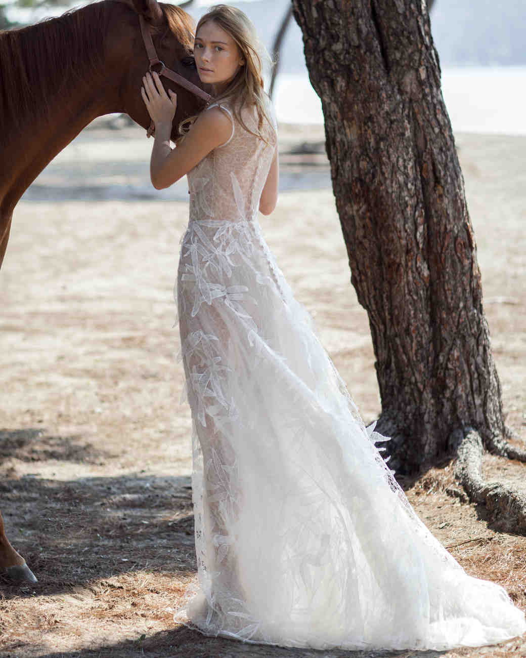costarellos-fall2016-wedding-dress-16-27.jpg