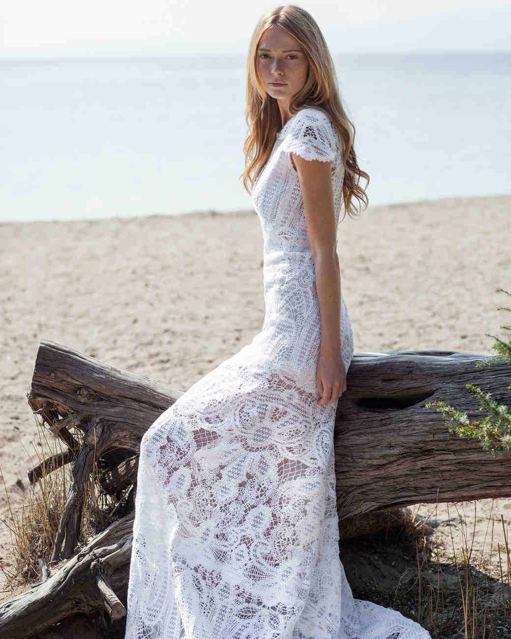 costarellos-fall2016-wedding-dress-16-47.jpg