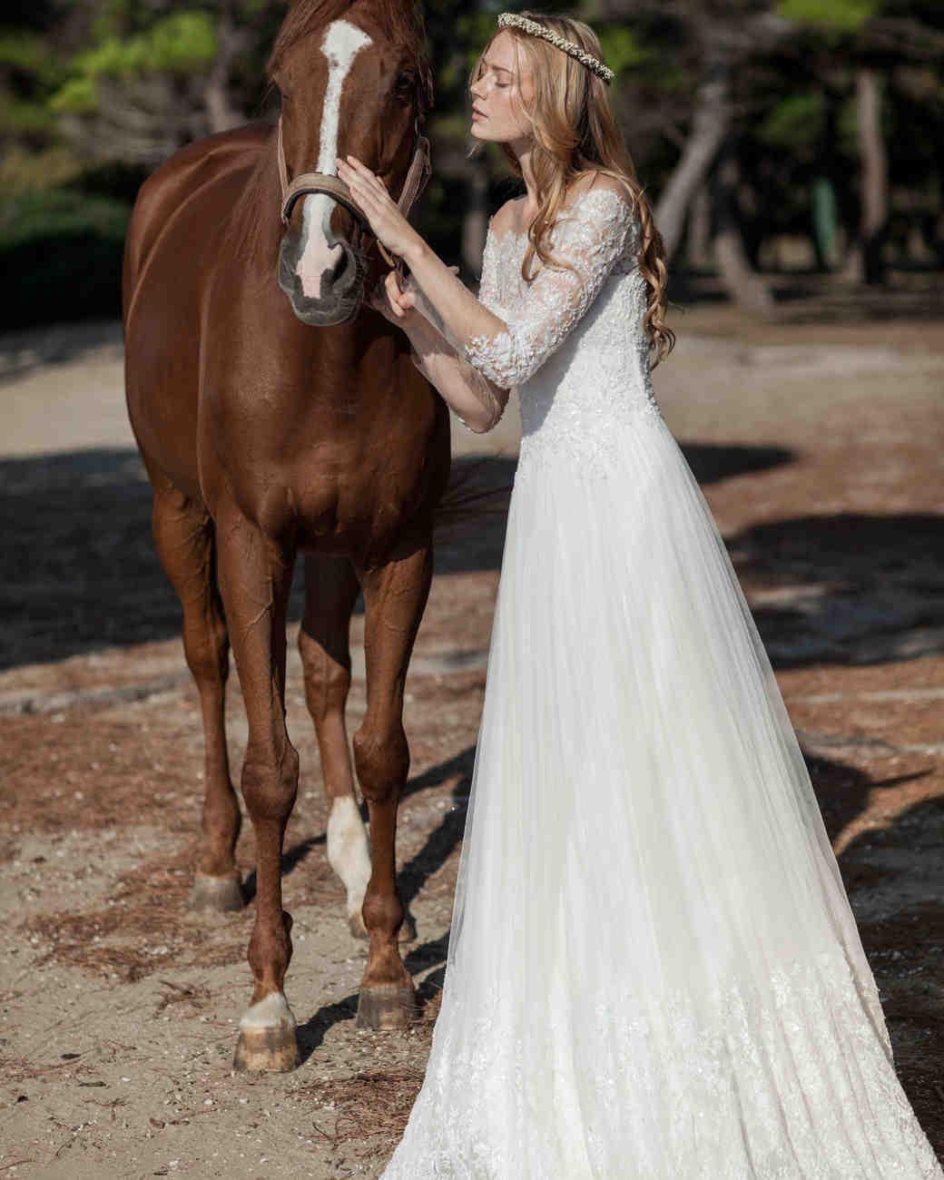 costarellos-fall2016-wedding-dress-16-49.jpg