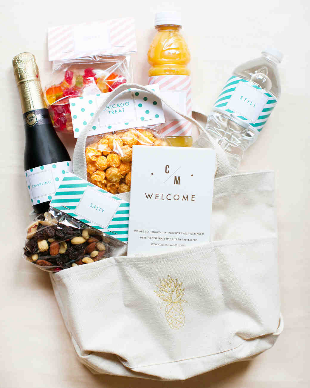 Wedding Gift Bag Etiquette : ... Wedding Guests in the Party of a Lifetime Martha Stewart Weddings