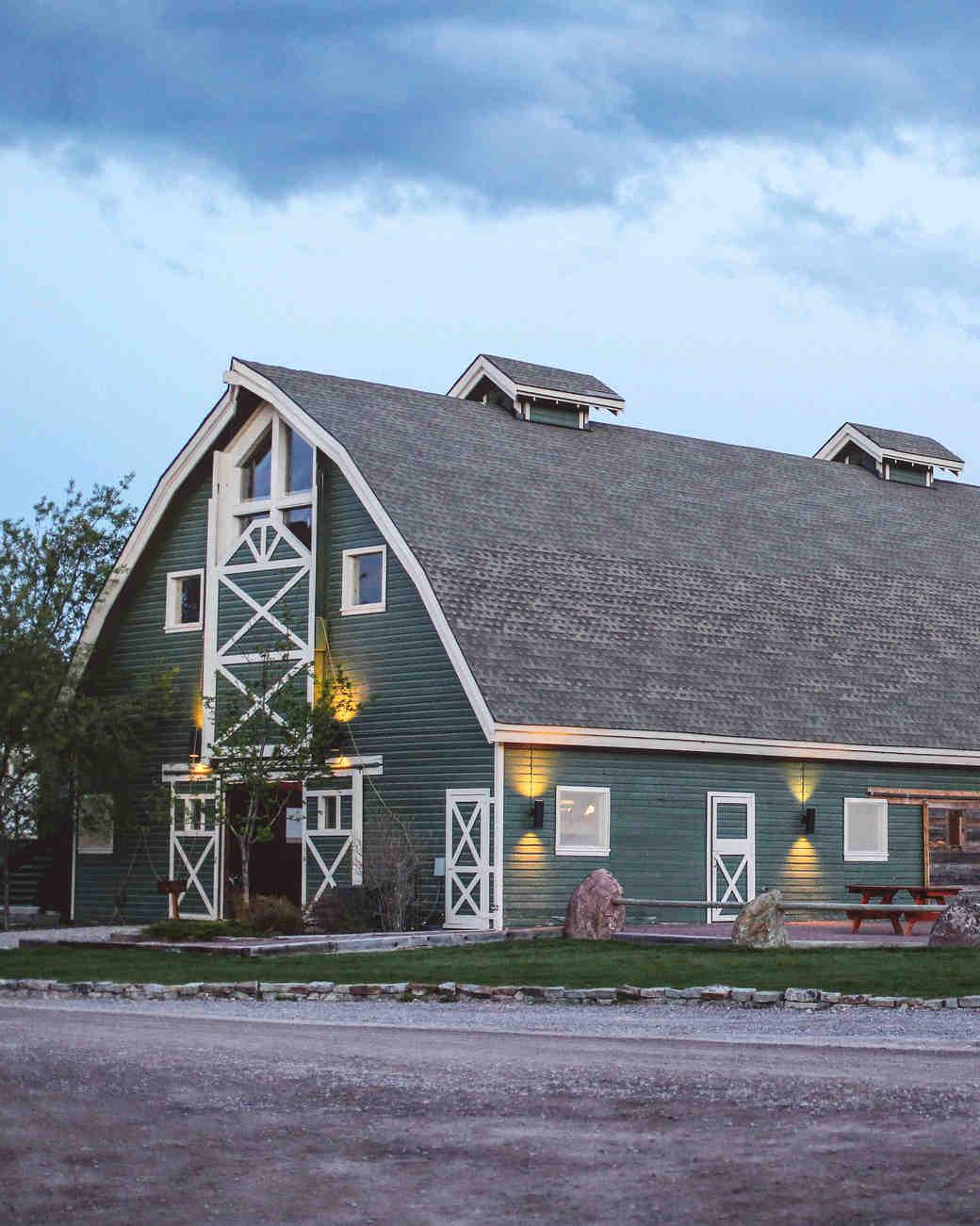 jamie-ryan-wedding-barn-122-s111523-0914.jpg