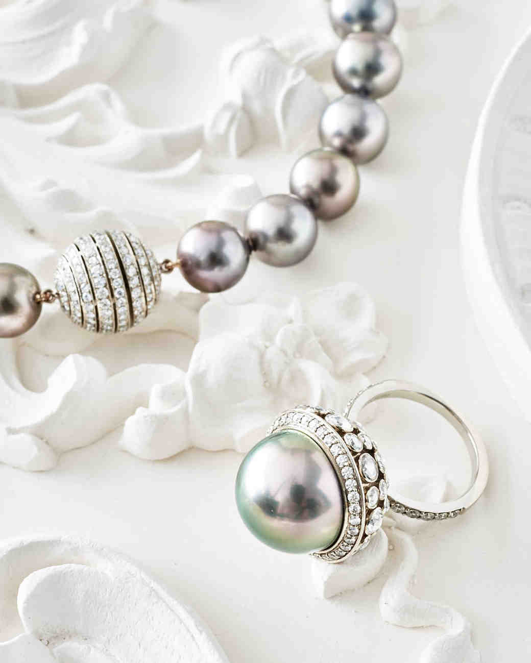 pearls-tiffany-and-co-ring-necklace-0216.jpg