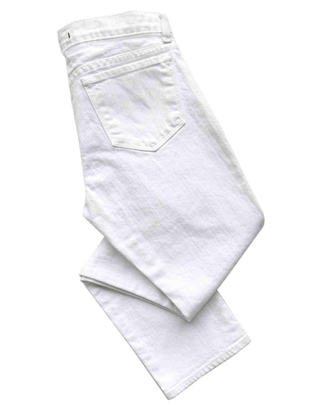travel-accessories-white-pants-mwd107619.jpg